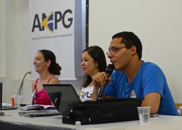 Hercília Melo, secretária geral, Tamara Naiz, presidenta, e Cristiano Junta, vice-presidente, durante a reunião da diretoria plena da ANPG. Foto: Eduardo Paulanti